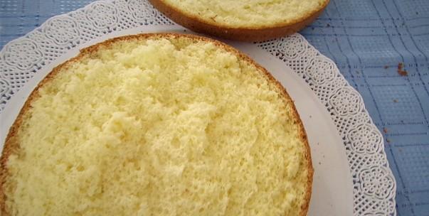 Torta esponjosa, liviana, riquísima y libre de gluten