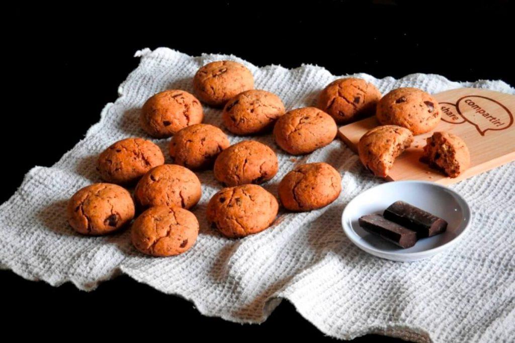 Galletas de chocolate sin gluten en 3 pasos y con 5 ingredientes