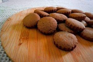 Galletas sin TACC fáciles con azúcar negra y especias