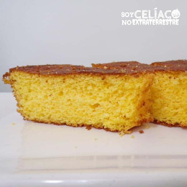 Torta sin gluten de harina de maíz y limón