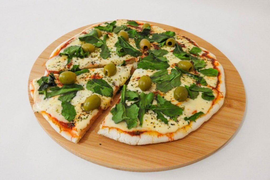 Cómo hacer pizza sin tacc con chicle de mandioca y premezcla