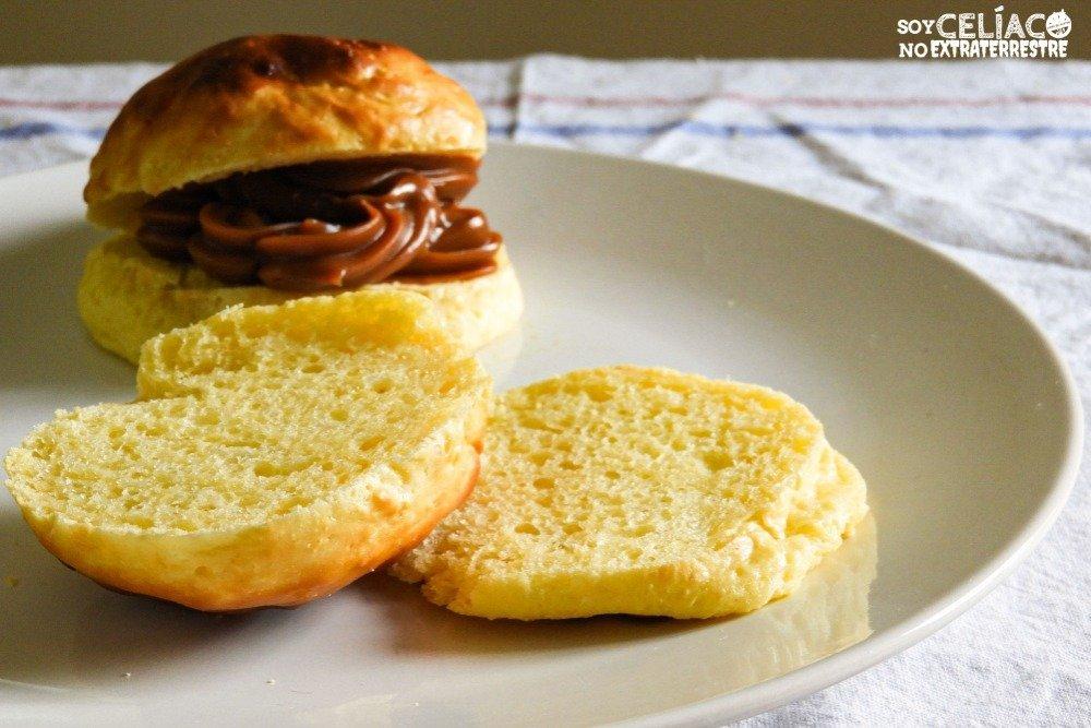 Foto de pan sin harina con dulce de leche