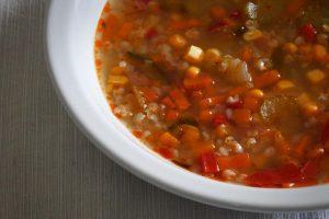 sopa con trigo sarraceno