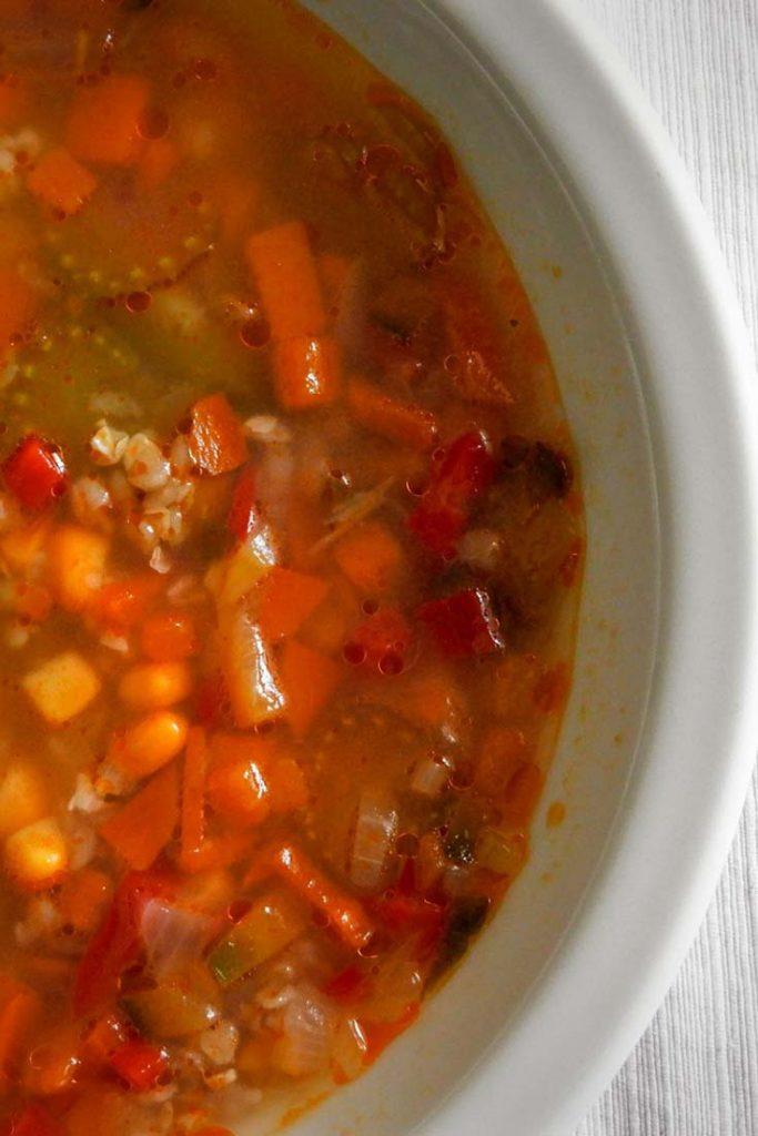 sopa de verduras con trigo sarraceno